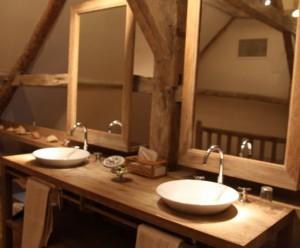 Salle de bains style rustique