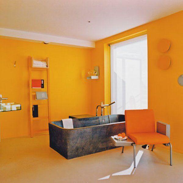Salle de bains jaunes 32 id es pour une d coration lumineuse for Salle bain orange