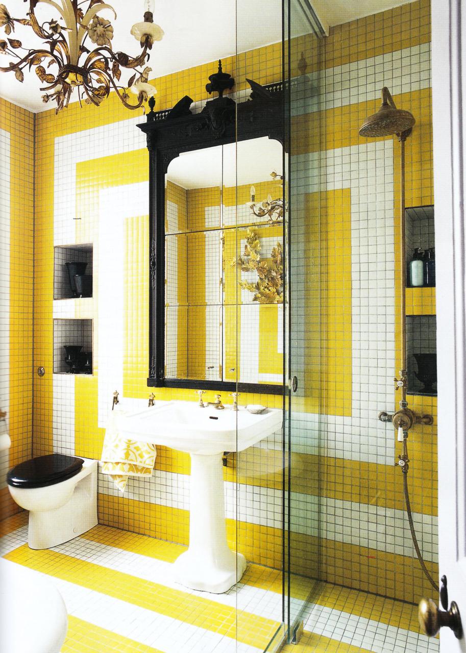 Photo carrelage salle de bain noir et blanc for Carrelage jaune salle de bain