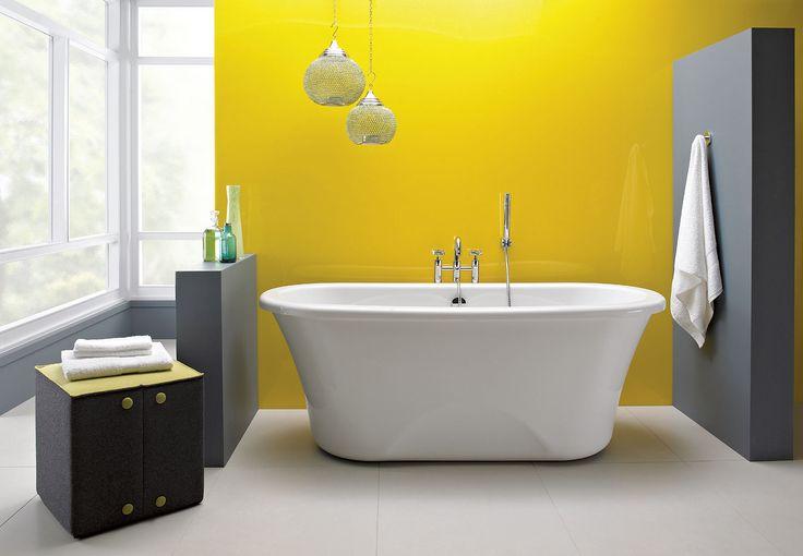 Salle de bains jaunes 32 id es pour une d coration lumineuse for Peinture acrylique salle de bain