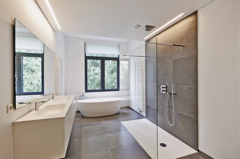 Prix Moyens Dune Salle De Bain Sol Mur Douche Baignoire - Cout d une salle de bain